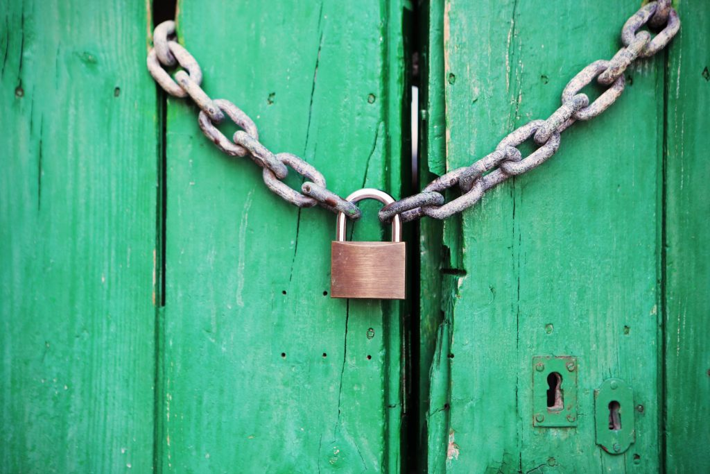 Green-Door-Lock-Chain